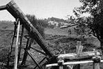 Ξύλινη κατασκευή (μαντάνι) για την κατεργασία υφαντών.
